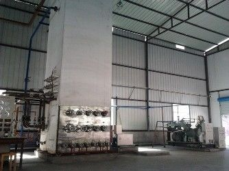 China Low Pressure Liquid Oxygen Nitrogen Gas Plant / Cryogenic Air Separation Unit 500KW distributor